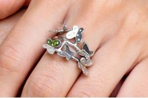 Серебряное кольцо с бабочками