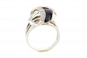 Серебрянное кольцо с имитацией авантюрина и фианитами (с золотыми накладками)