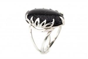Серебряное кольцо с имитацией авантюрина