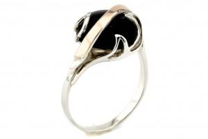 Серебряное кольцо с черным ониксом (с золотыми накладками)