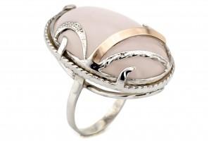 Серебряное кольцо с розовым кварцом (с золотыми накладками)