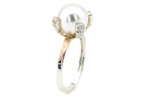 Серебряное кольцо с жемчугом (с золотыми накладками)