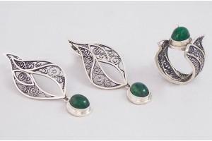 Серебряный набор с малахитом (кольцо и серьги)