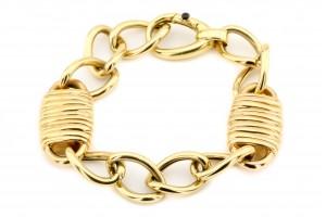 Золотой браслет с замками
