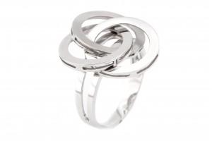 Золотое кольцо в форме трех переплетенных кругов